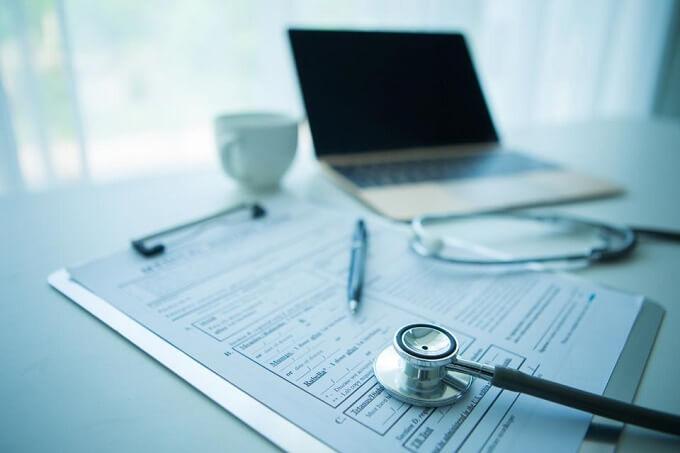 Ваш работодатель может оформить вычет на лечение за Вас