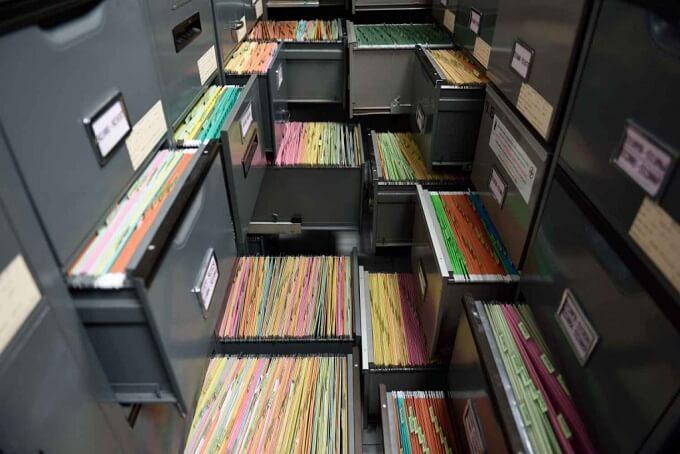 способы подачи документов тоже разные