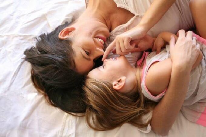 Социальная помощь матерям одиночкам - материальная помощь, пособия матерям одиночкам