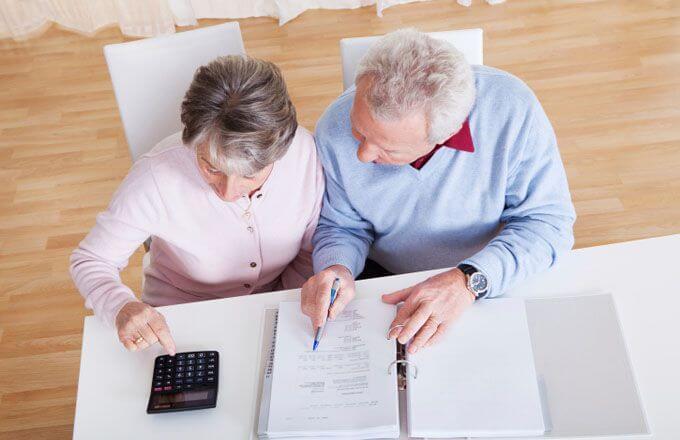 Изображение - Региональные особенности льгот пенсионерам по транспортному налогу retirement_expenses_178780384